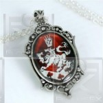 Cullen Crest Twilight Rosalie Alice Pendant Necklace UK